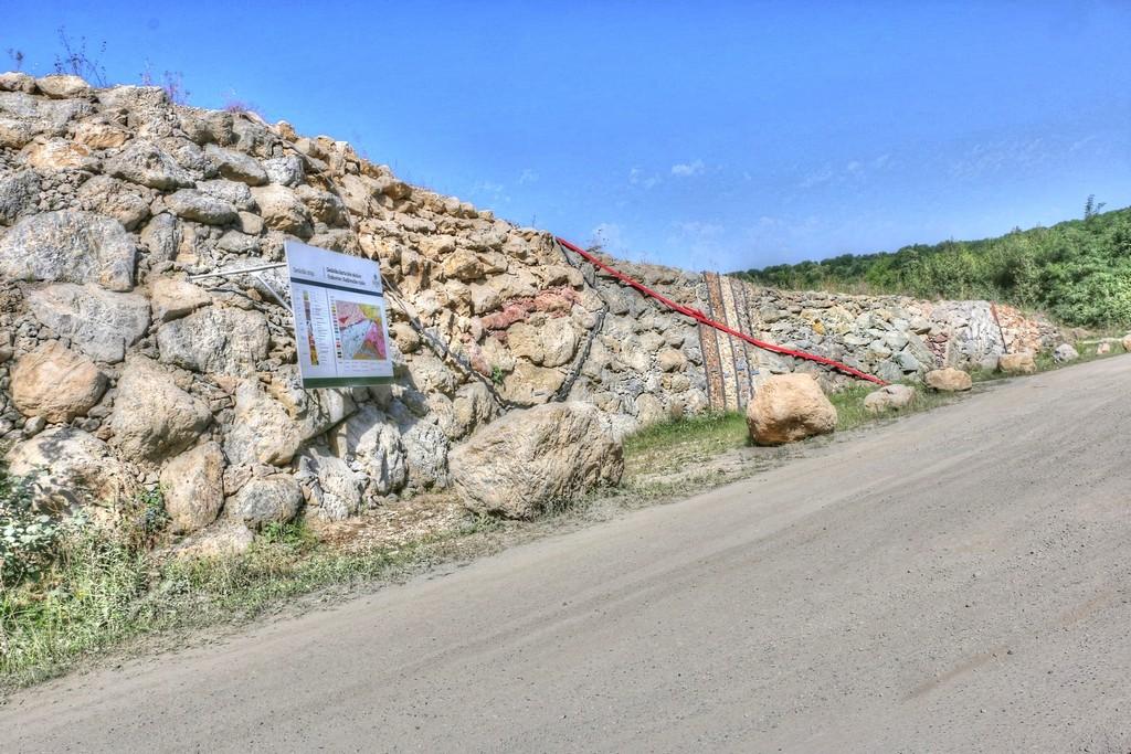 GeoloskiZid Kamenolom2015 012 tonemapped