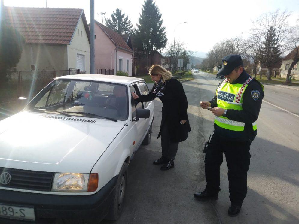 2017 12 23 Policija003