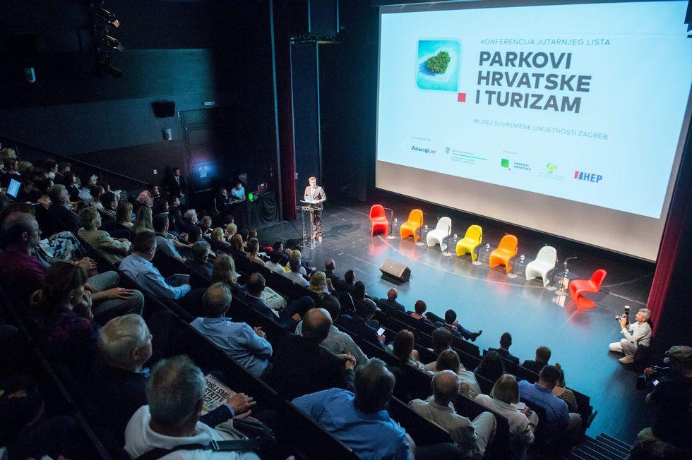 2018 07 03 Parkovi001
